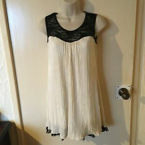 QUIZ BLACK LACE & IVORY DRESSY LONGLINE LINED TOP - SIZE 12 - NEW WITHOUT TAGS