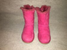 UGG AUSTRALIA  BAILEY WOMANS BOOTS Pink Bow Sheepskin Suede Size 5