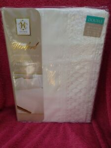 Luxury Bedding Set  Home, Hereford, With Two Pillow Cases, NEW Sealed