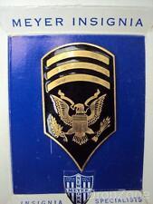 US Army Sergeant's Tropical / Pith Helmet Enamel Cap Badge / Insignia