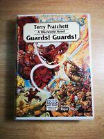 TERRY PRATCHETT '' GUARDS! GUARDS! '' - 8 audio cassetttes - A DISCWORLD NOVEL.