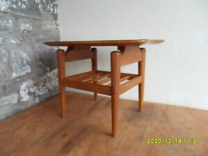 Small Retro 1960s / 1970s Side Table Nice Vintage Look Unusual Design.