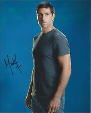 Matthew Fox autograph - signed LOST photo