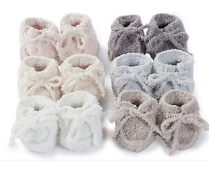 Barefoot Dreams Cozychic Bany Booties in white(0-6 Months) FREE SHIPPING IN US!