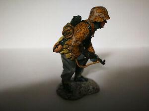 King & Country´s 1 Figur Waffen-SS mit Sturmgewehr 44