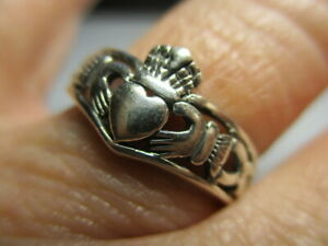STERLING SILVER 925 NEW PETITE IRISH CLADDAGH HEART CELTIC KNOT BAND RING SIZE 6