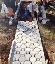 "8 INTERLOCKING ""KEYHOLE"" CONCRETE DRIVEWAY PAVER MOLDS + 2 PAVERS EDGES FREE!"