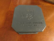 Vintage GM Fisher Body Division Syracuse NY Playing Card Holder Plastic Case
