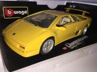 1:18 Lamborghini Diablo 1990 Italian Super Performance Road Car Yellow 1/18