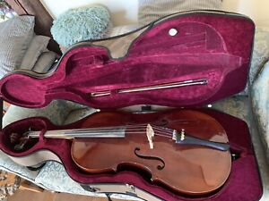 Lovely Old Cello 4/4 Full size, with bow and Hardcase. Made In Czechoslovakia