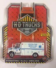 GREENLIGHT 1:64 S4 H-D Trucks INTERNATIONAL DuraStar AMBULANCE NYC Central Park