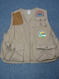VINTAGE BOB ALLEN KHAKI & SUEDE HUNTING VEST with PATCHES SIZE XXL