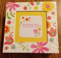 Easel picture frame with 200 note sheets