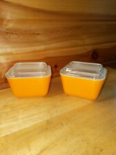 2 Pyrex Orange Refrigerator Dish With Lids 501 B 1 1/2 Cup Vintage