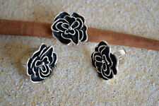 Edelstahl Ring stilisierte Blüte flexibel Schwarz Silber Bandring ME 365