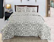 Machine Cotton Quilted Bedspread Set Quilt Bed Set Design - Chevron Grey Colour