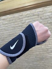 Nike Pro Wrist and Thumb Support Wrap One Size Gym Lifting Support Unisex