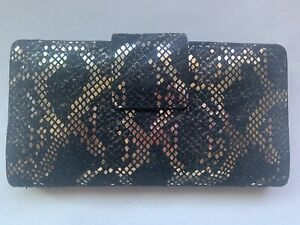 FOSSIL Logan Tab Clutch Wallet!!!