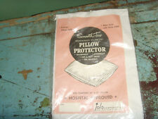 """NEW NOS VTG Zippered Plastic Pillow Protector 21x27"""" hospital approve Smooth-Tex"""