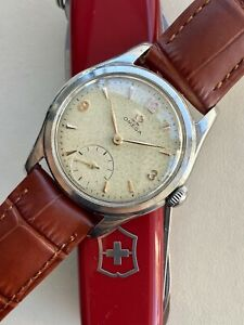 Omega Classic vintage Classic Steel Sub Seconds Dial mens 1950s used 32mm watch