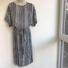 Topshop Belted Plissé Batwing Maternity Dress in Black/White, Sz 12
