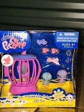 Littlest PetShop Portable Pets 930 Blue Parakeet 931 Purple Parakeet New In Box
