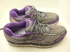 Women's Brooks Addiction 11 running shoes sneakers size 11 D