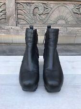 CAMILLA SKOVGAARD Saw Tooth Hidden Wedge Blk Ankle Boots Size 39 8.5