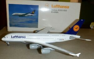 Herpa 1:400 -   Lufthansa  Airlines   A380-800    -  561068