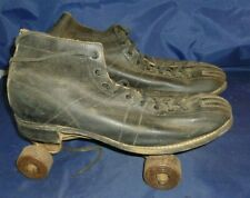 Vintage Men's Black Leather Ankle Boot Roller Skates Globe Deluxe Wooden Wheels