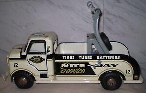 Marx ORIGINAL 1956 HighWay Day/Night Emergency Wrecker Tow Truck attic find Exc.