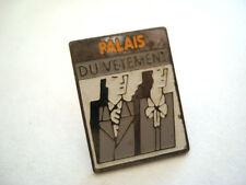 PINS RARE MAGASIN PALAIS DU VETEMENT FEMMES MODE FASHION