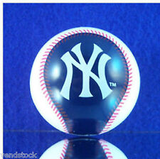 NEW MLB MINI BASEBALL CAKE TOPPER DECORATION ORNAMENT NEW YORK YANKEES