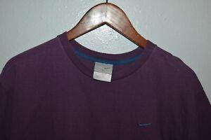 Rare vintage NIKE embroidered blue swoosh purple t-shirt Fits mens M/L