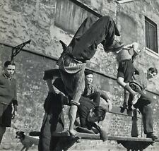 1955 Vintage ROBERT DOISNEAU Boys Playing Street KIDS France Photo Art 11x14