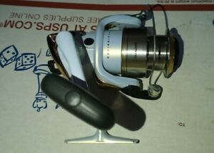 Stradic 2500FH Shimano Open Face Fishing Spinning Reel Fluid Drive Super Stopper