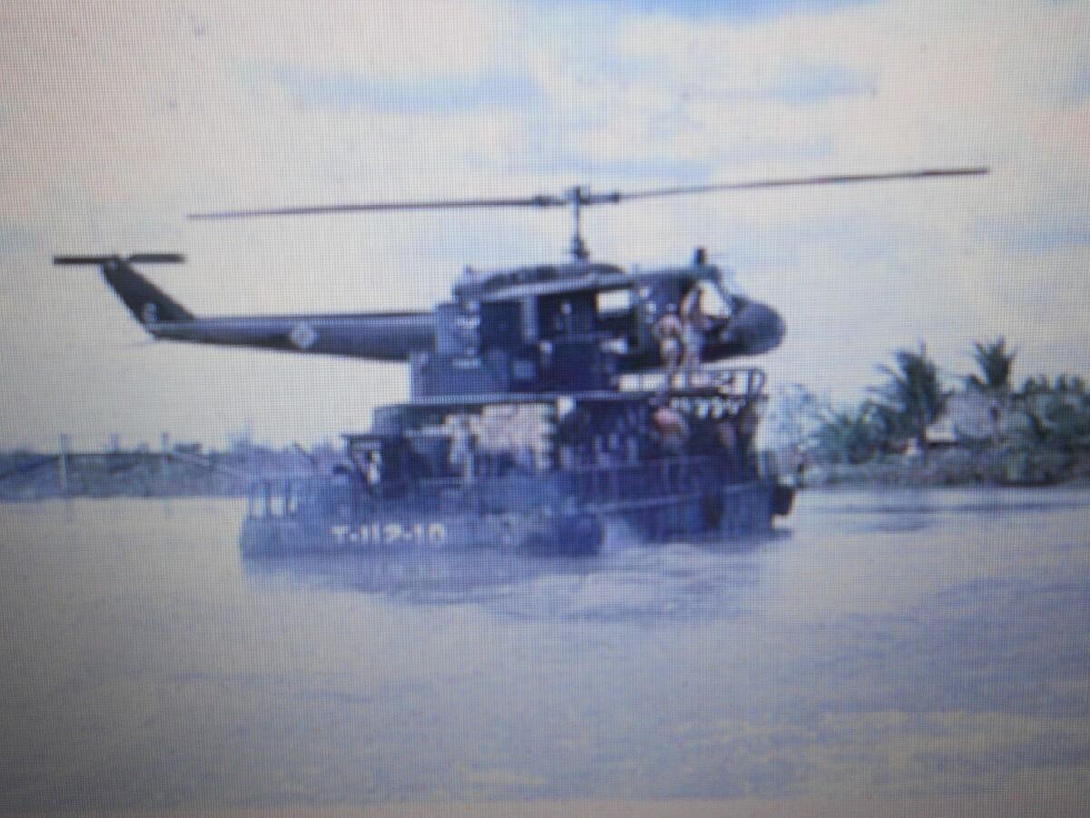 KF Military Insignia