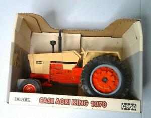 Vintage ERTL Case 1070 Agri King Tractor Narrow Hood Tan #4556 New in box