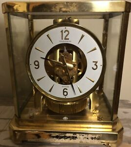 Atmos Clock 528-8 Parts or Repair Serial Number 413584