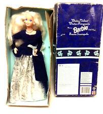 Barbie - 1995 Avon Barbie Muñeca de Invierno de Terciopelo figura 1st en serie-Caja Dañada