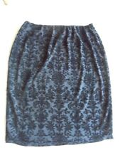 City Chic Stylish Stretch Pull-On Pencil Skirt Size M. Like New. Fully Lined