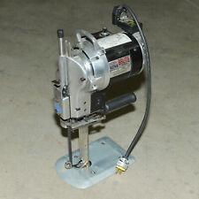 Eastman BRUTE Model 627VS Vari-Speed Fabric Cutter