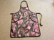 CAMOUFLAGE -PINK Repels Water   Aprons  with pockets