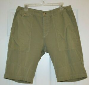 "Mens Zanerobe Green Shorts size 34, 11"" Inseam"