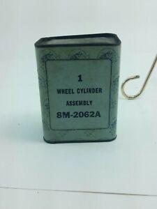 NOS Ford Wheel Cylinder Assembly 1949-56 Passenger 1961-67 Econoline 8M2062A