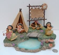 Friends of the Feather 1994 Figure / Display Stand w/ Sign & Teepee Enesco Lot !