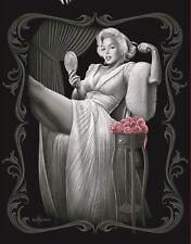 Licensed Marilyn Monroe Sitting Pretty Queen Size Super Soft Plush Blanket