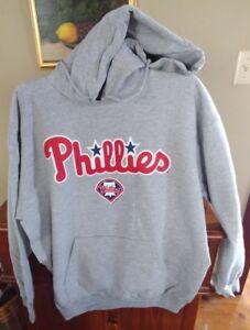 Philadelphia Phillies Licensed Men's VF Imagewear Hoody Sweatshirt NWT Large