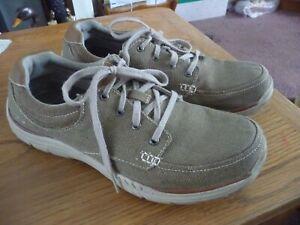 Skechers relaxed fit memory foam khaki canvas mens shoes size 10