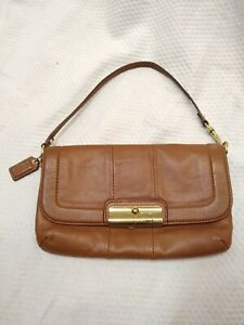 COACH Vintage Tan Mini Hand Bag Clutch Purse